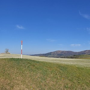 Petr Pepe Peloušek na vrcholu Kamenice (19.4.2020 17:24)