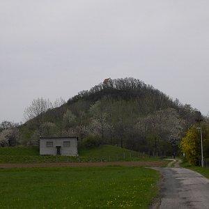 Pavel Martínek na vrcholu Zebín (24.4.2005 11:43)