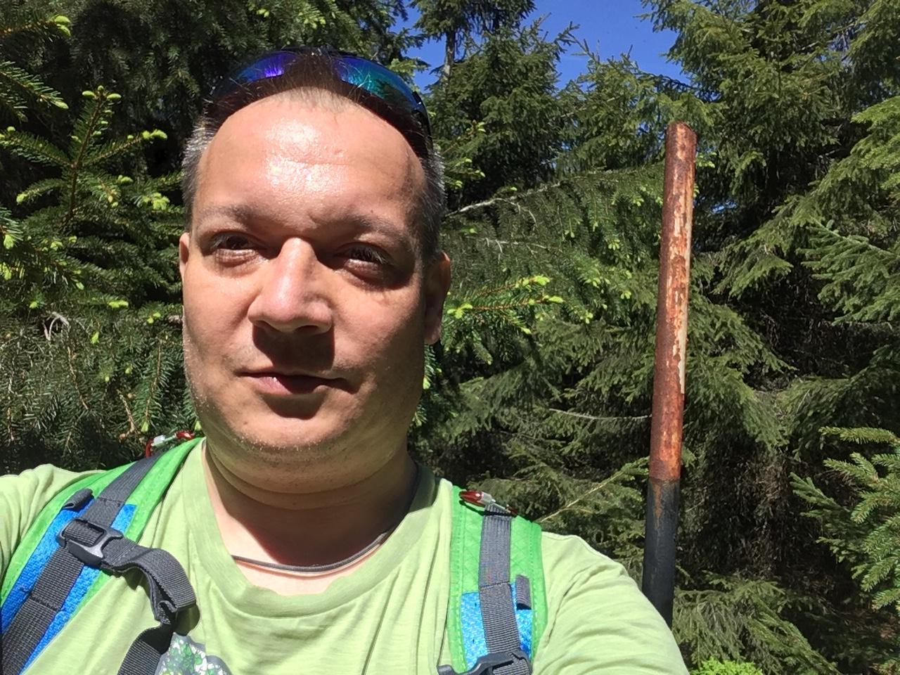 Pery na vrcholu Malchor (13.5.2018 12:08)
