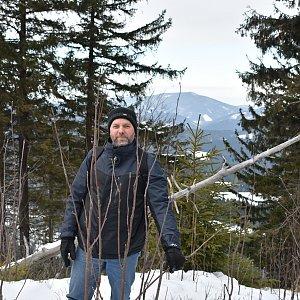 Ladislav Farý na vrcholu Nad Kršlí (1.3.2020 8:59)