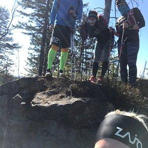 Dominika Turčeková na vrcholu Nad Kršlí (7.4.2020 14:55)