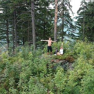 Vendula Kalocsányiová na vrcholu Nad Kršlí (29.7.2018 14:00)