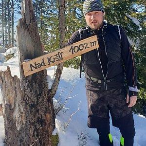 Igor Gluza na vrcholu Nad Kršlí (20.2.2021 10:30)