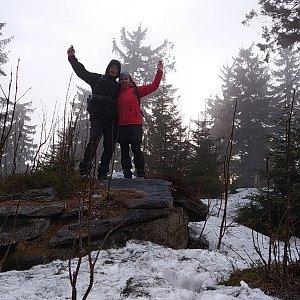 I+L Rajnochovi na vrcholu Nad Kršlí (9.3.2019 15:23)