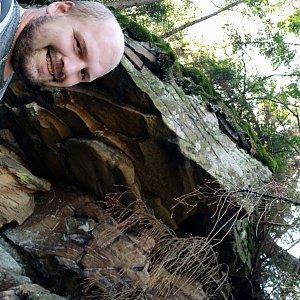 Petr Petrik na vrcholu Nad Kršlí (9.9.2021 15:27)