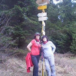 Vlasta a Zdena na vrcholu Šindelná (14.4.2018 21:20)