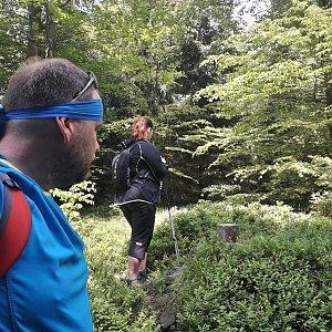 Martin a Jana Halamíčkovi na vrcholu Šindelná (20.5.2018 10:23)