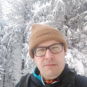 Ivo Poledník na vrcholu Šindelná (31.1.2021 14:53)