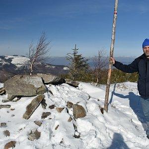 Ladislav Farý na vrcholu Magurka Radziechowska (15.2.2020 13:26)