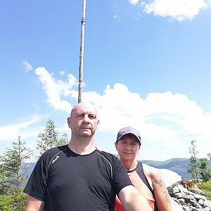 Dana + jirka na vrcholu Magurka Radziechowska (28.6.2020 14:10)