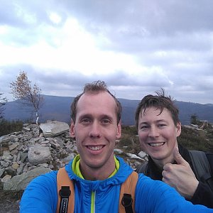 Radek na vrcholu Magurka Radziechowska (28.10.2020 13:53)