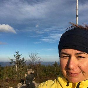 Macinka na vrcholu Magurka Radziechowska (7.12.2020 13:40)