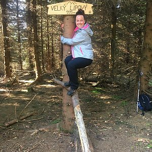 Veronika Pastorková na vrcholu Velký Lipový (6.5.2018 8:45)