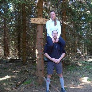 Paja&Tom na vrcholu Velký Lipový (28.4.2018 8:51)