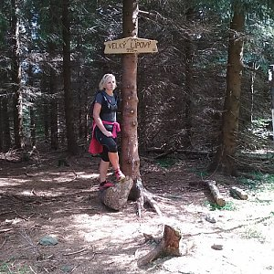 Katka na vrcholu Velký Lipový (7.7.2018 15:33)