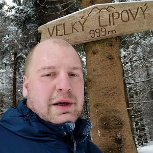 Petr Petrik na vrcholu Velký Lipový (7.2.2021 15:39)