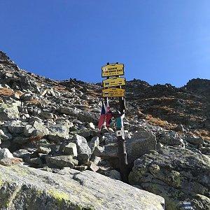 Karin Satoriová na vrcholu Rázcestie v Kriváňskom žľabe (25.10.2019 13:12)