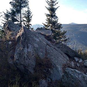 Eliška na vrcholu Vlašský vrch (9.5.2021 18:50)