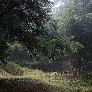 Bouřka na vrcholu Kamenný vrch (2.5.2020 11:46)