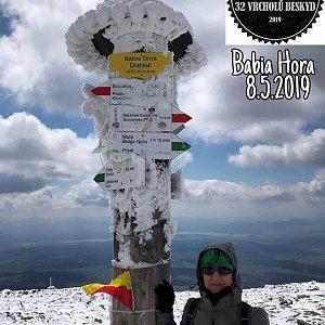Renata Rokosova na vrcholu Babia Hora (8.5.2019 12:05)