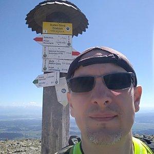 Aleš Sýkora na vrcholu Babia Hora (7.5.2018 14:20)