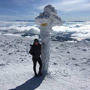 Daniela na vrcholu Babia Hora (15.2.2020 12:12)