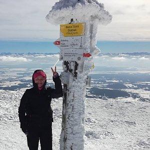 Silvie Kulendíková na vrcholu Babia Hora (23.2.2019 11:34)