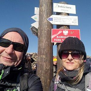 Jiří a Iveta na vrcholu Babia Hora (9.10.2021 13:08)