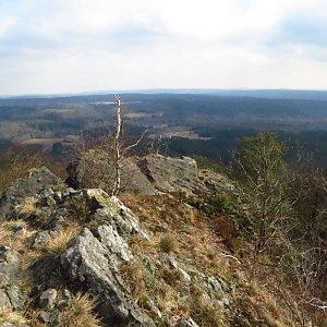 Iveta Válová na vrcholu Velký jelení vrch (1.4.2018)