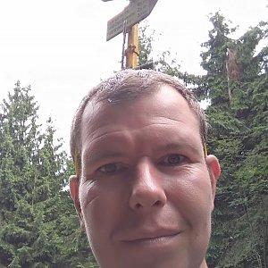 Michal Krčmář na vrcholu Kněhyně (17.8.2019 12:47)