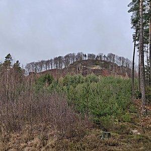 Pavel Martínek na vrcholu Chrástenský vrch (11.1.2020 10:18)