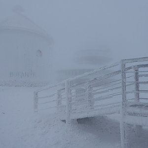 Adam Kulich na vrcholu Sněžka / Śnieżka (15.12.2018 10:08)