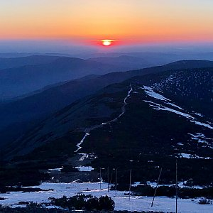Any Vališová na vrcholu Sněžka / Śnieżka (11.5.2021 5:07)