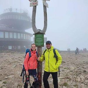 Tomáš Mucha na vrcholu Sněžka / Śnieżka (4.8.2021 15:30)