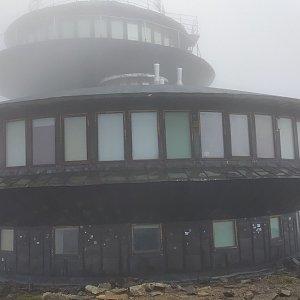 Petr Vidlář na vrcholu Sněžka (17.9.2020 10:30)