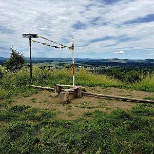 Vladimír Grančay na vrcholu Nedvězí (8.6.2019 13:43)