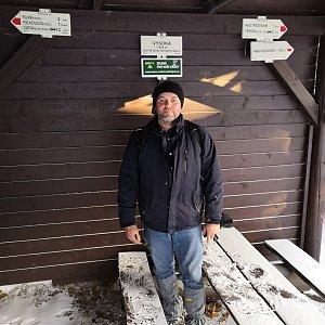 Ladislav Farý na vrcholu Vysoká (8.2.2020 8:52)
