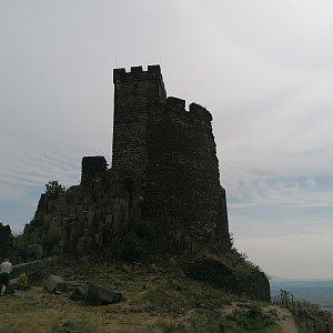 Michaela Hilscherová na vrcholu Hazmburk (20.7.2020 10:59)