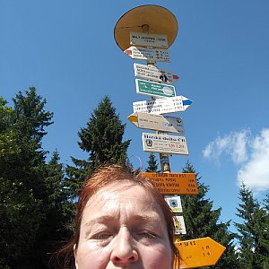 Alžběta Šlosarová na vrcholu Malý Javorník (24.7.2019 14:30)