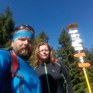 Martin a Jana Halamíčkovi na vrcholu Malý Javorník (21.9.2019 12:24)