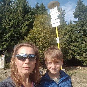 Marcela Kubíčková na vrcholu Malý Javorník (29.9.2019 12:02)