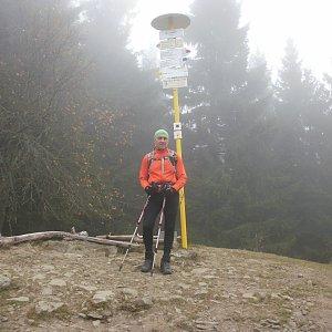 Čestmír Kubíček na vrcholu Malý Javorník (2.11.2019 11:03)