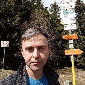 Pavel Skřičík na vrcholu Malý Javorník (7.4.2019 13:17)