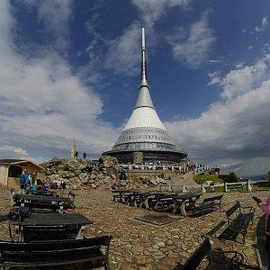 Petr T. na vrcholu Ještěd (15.7.2017 16:03)