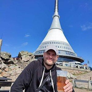 Tomáš Mucha na vrcholu Ještěd (2.8.2021 15:30)
