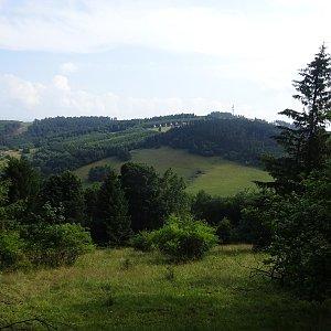 Tomáš Vašíček na vrcholu Kobylec (4.7.2021 9:30)