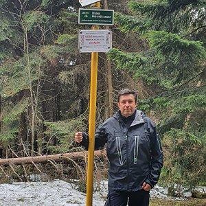 Jiří Gryz na vrcholu Kněhyně - sedlo (19.4.2020 10:52)
