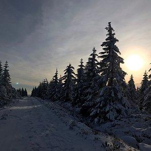 Martin Matějka na vrcholu Na Kneipě (27.12.2020 14:10)
