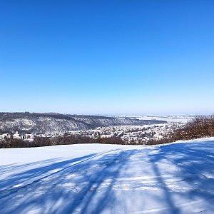 Karolína Moravcova na vrcholu Kalvárie (14.2.2021 11:10)