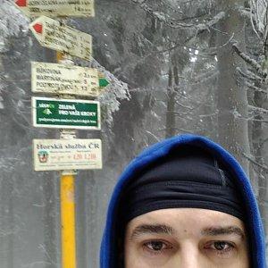 Petr Kowolowski na vrcholu Čertův mlýn (5.1.2018 14:32)